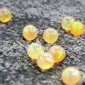 球形オパール(直径4mm)オレンジ